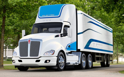 Kenworth Introduces its First Electric Class 8 T680 Truck