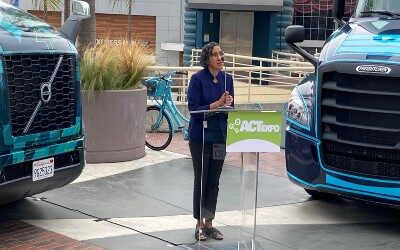 Largest Electric Truck Deployment Ever Gets Going in Southern California